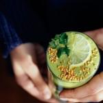 Smoothie vert aux noix de cajou et à la lime